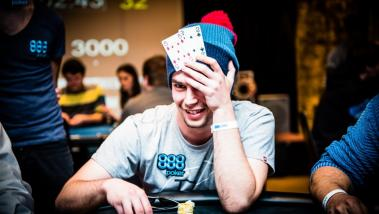 Are You Playing any of the Top 7 Worst Starting Hands in Poker?